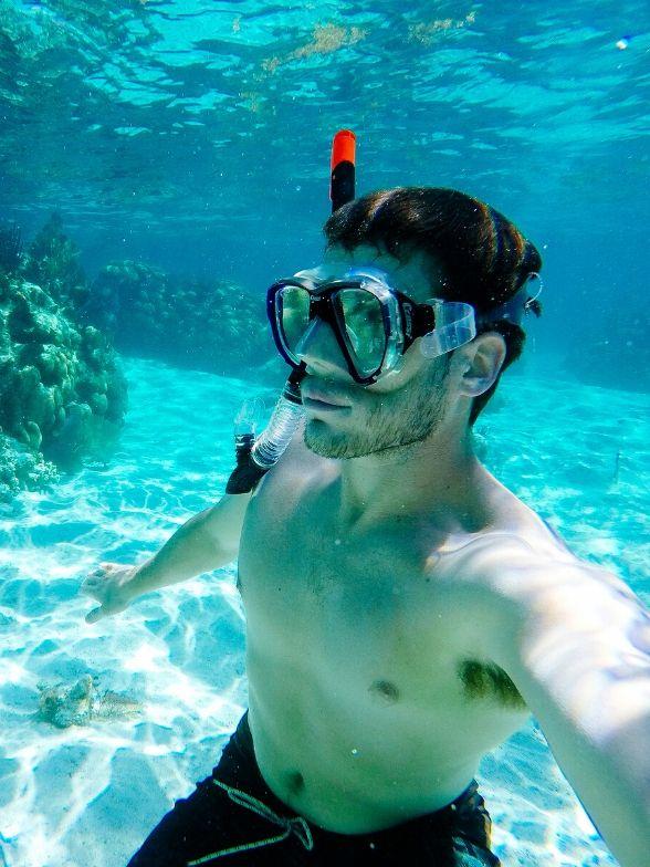 Adan Mendez scuba diver