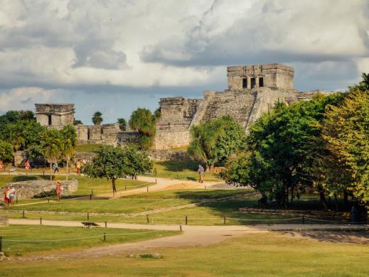 Tulum Zona Arqueológica Nublado