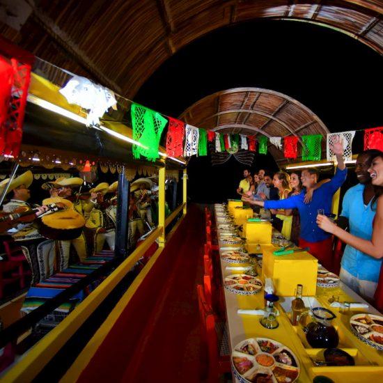 Xoximilcp Cancún Baile