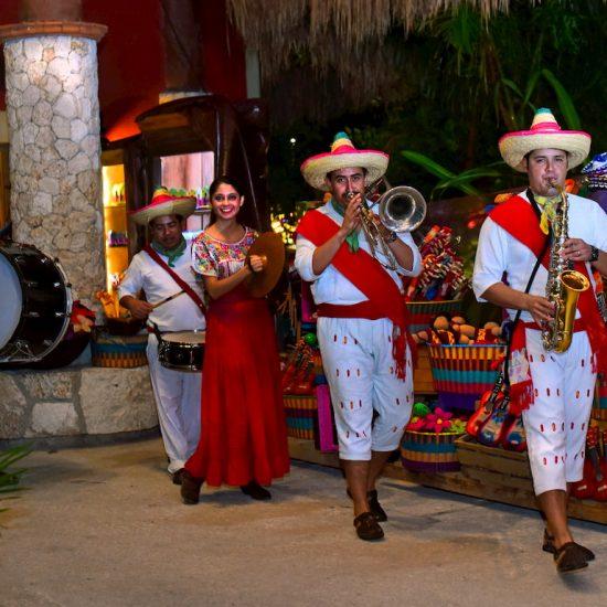 Xoximilco Cancún Musica Bienvenida