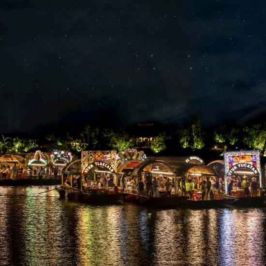 Xoximilco Cancún Fiesta mexicana original