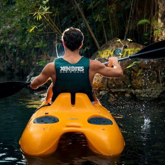 Aventura en kayak parque Xenotes